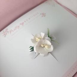 White flower clip